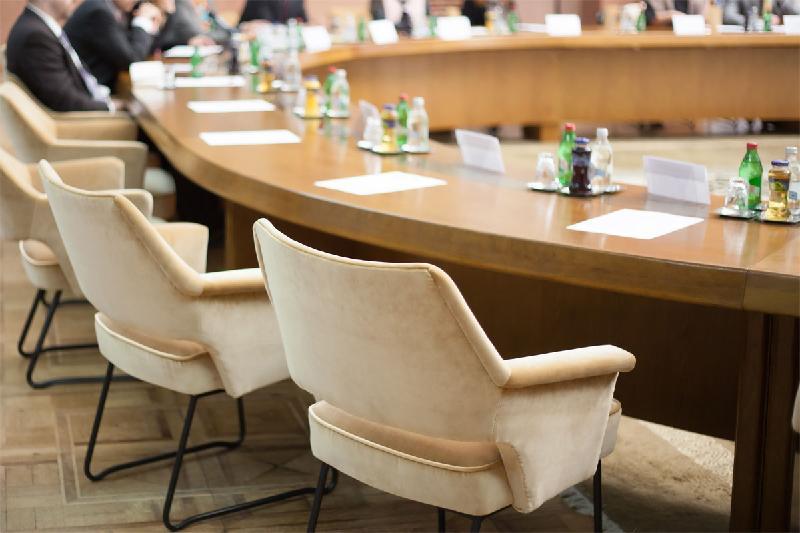 哈萨克斯坦-波兰商业论坛在突厥斯坦举行