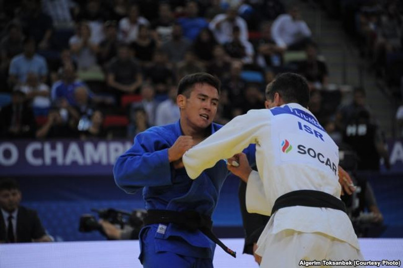 Дзюдоисты завоевали «золото» и «серебро» на чемпионате Азии