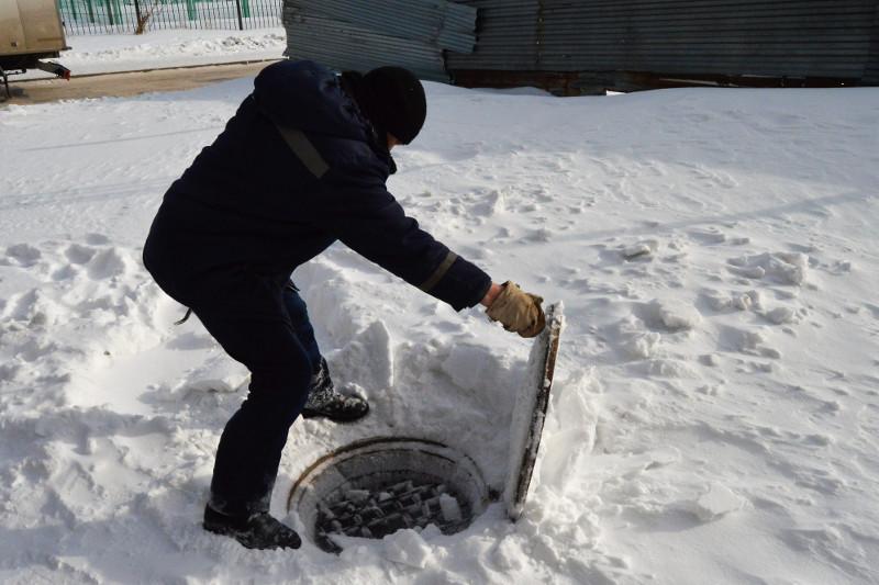Около 9 тысяч решеток-ловушек установили в канализационных колодцах Астаны