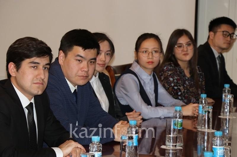 Посол РК в КНР встретился с активистами Молодежной лиги стран ШОС