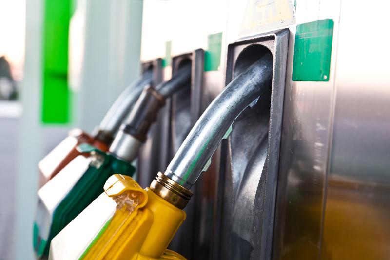 Цены на бензин в Казахстане снизились