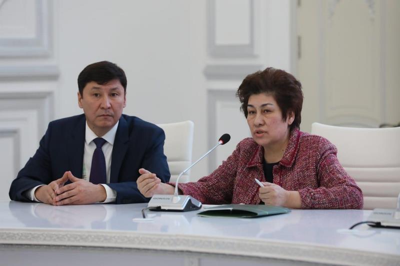 Гульшара Абдыкаликова встретилась со студенческой молодежью в Актобе