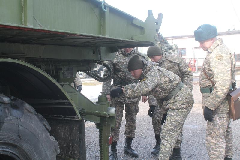 Будущие армейские командиры закрепляют свои знания на практике