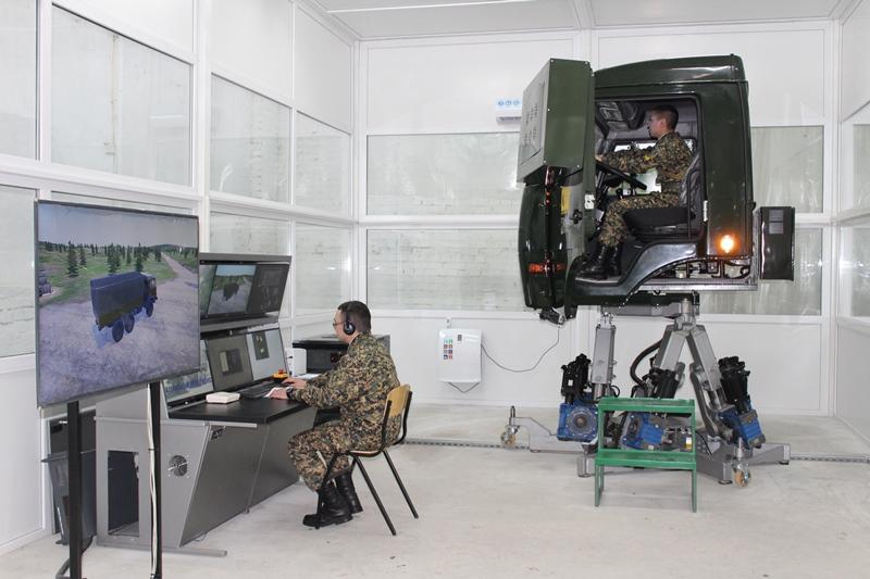 Симулятор БТР и интерактивный тир - как обучают будущих офицеров в Северном Казахстане