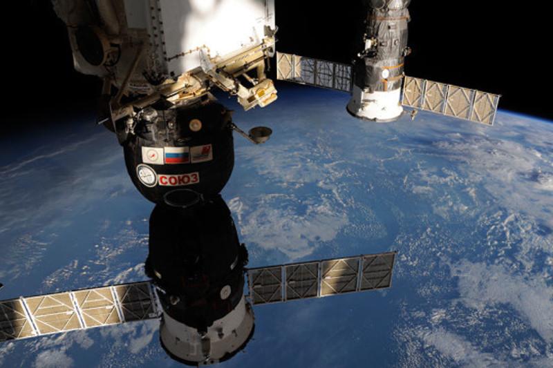 Экипаж космического корабля «Союз МС-12» прибыл на МКС