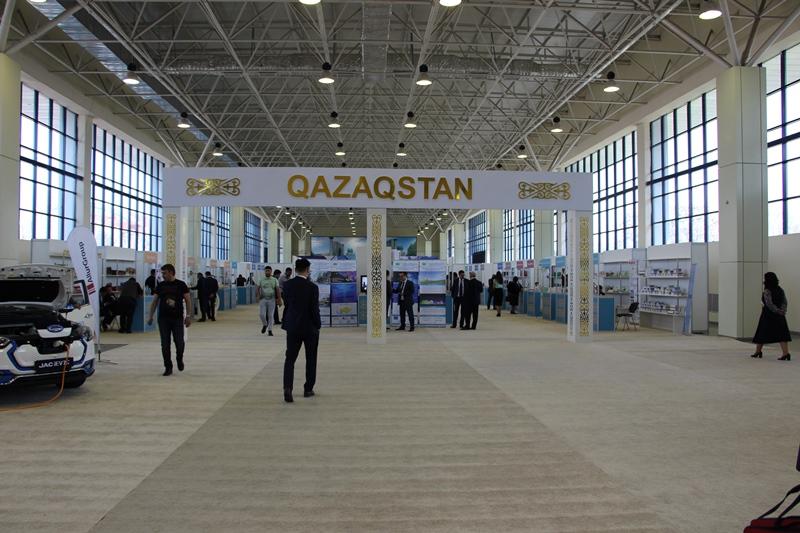 Өзбекстанда қазақстандық тауарлар көрсетілді