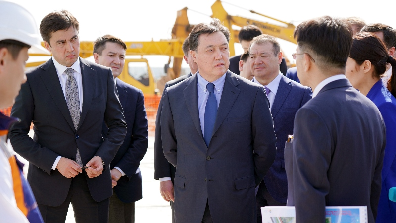Аскар Мамин встретился с предпринимателями Шымкента