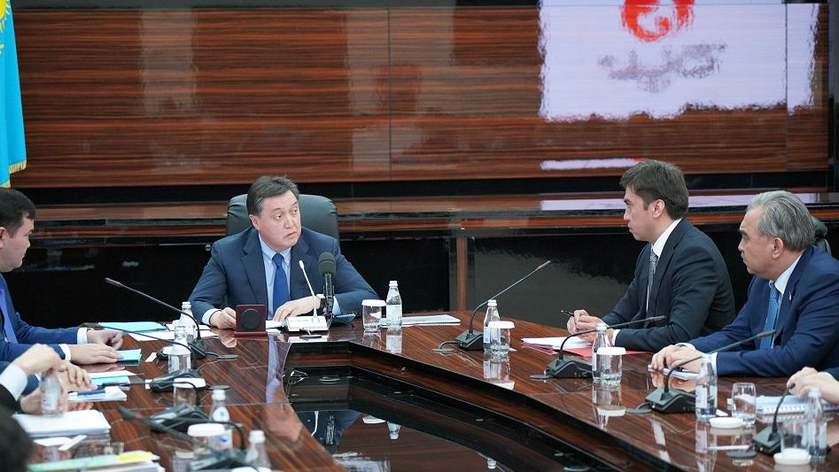 Расширенное совещание в акимате Шымкента прошло с участием Аскара Мамина