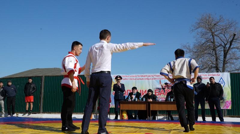 Атырауда қазақ күресінен «Полиция барысы» өтті