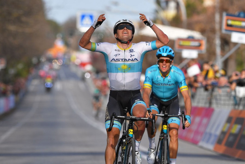 Tirreno-Adriatico: Astana's Lutsenko wins Stage 4 despite two crashes during solo attack
