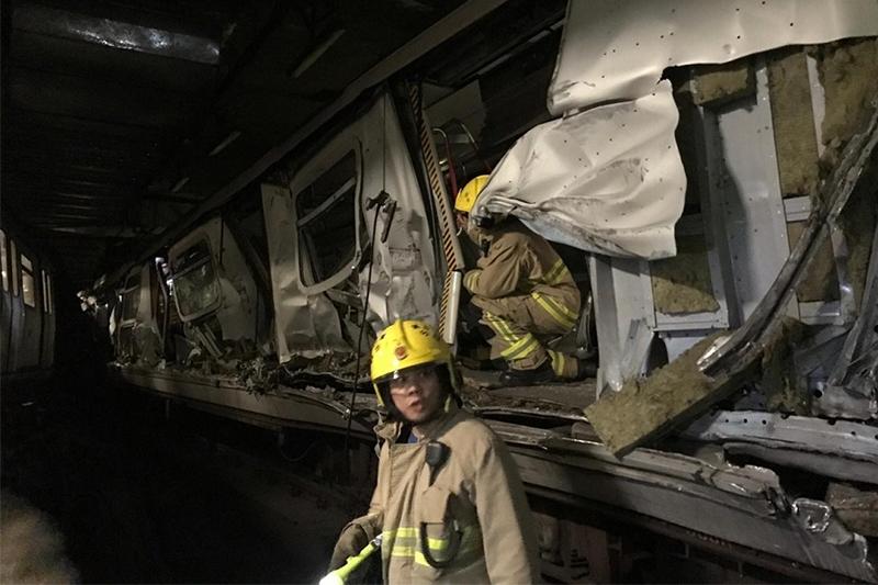 香港地铁发生列车相撞事故