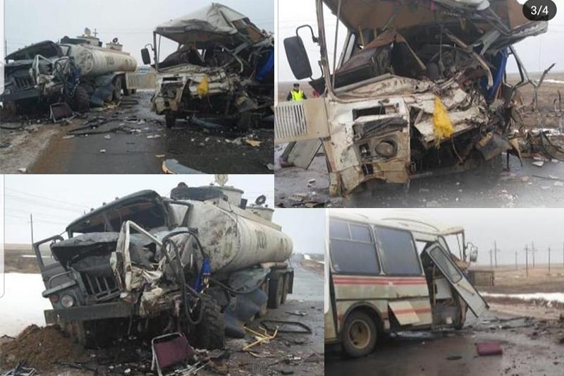 В тяжелом состоянии находятся 2 пострадавших в страшном ДТП в Актюбинской области