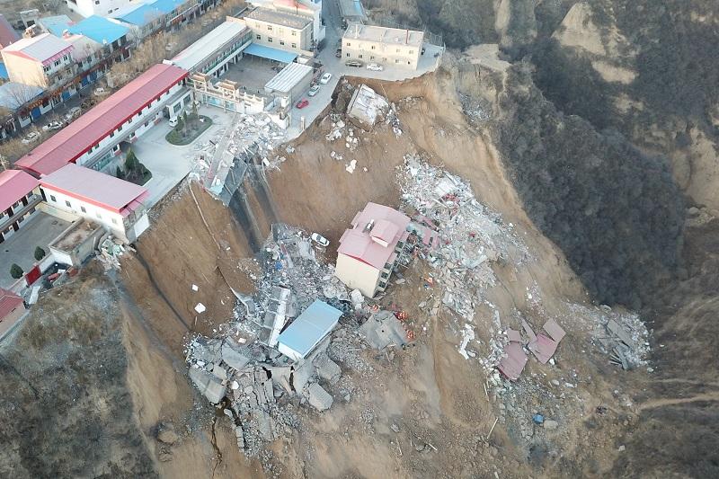 中国山西省发生山体滑坡  已致15人遇难
