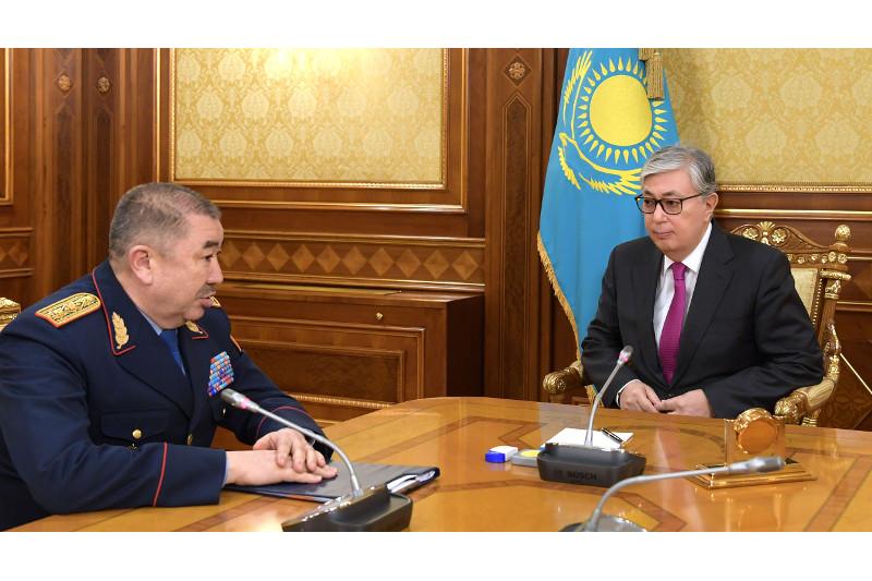 Президент Казахстана встретился с главой МВД