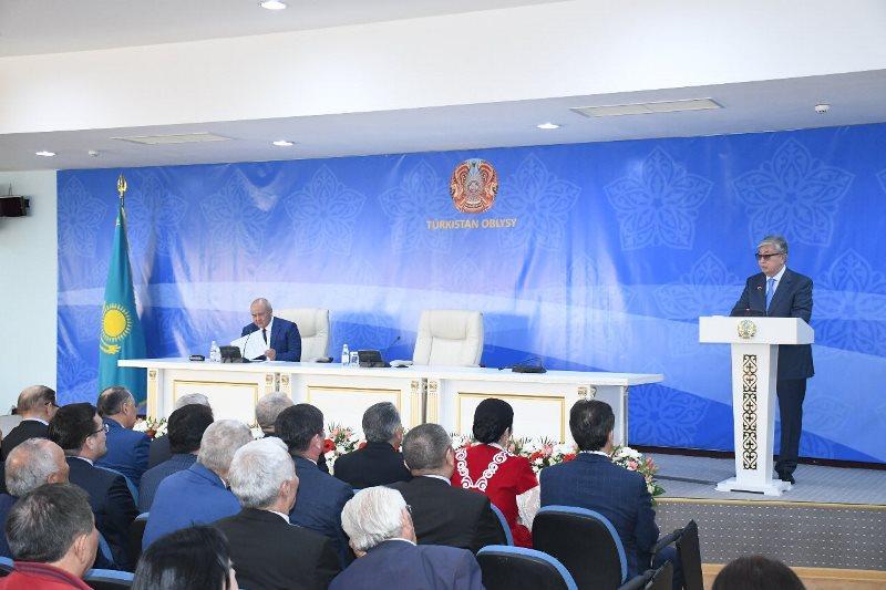 Президент Казахстана: Правительство и акимы должны создавать новые рабочие места