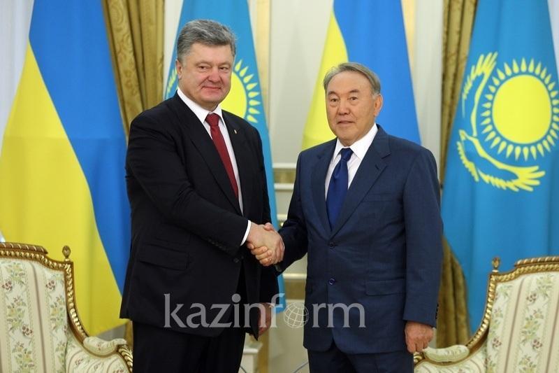 Poroshenko lauds Nazarbayev's role in development of Ukrainian-Kazakh relations