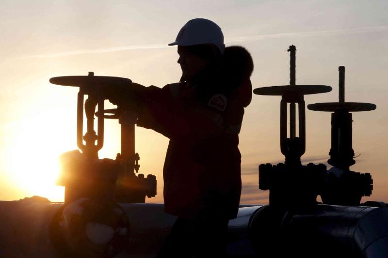 Месторождения Каламкас-море и Хазар позволят добывать до 100 тысяч баррелей нефти в сутки