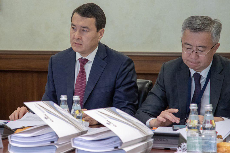 First Vice PM - Minister of Finance Alikhan Smailov attended EEC Council's meeting