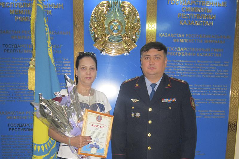 Девушка спасла от суицида пожилого мужчину в Усть-Каменогорске