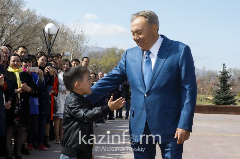 首任总统:家乡是每个人心中最炙热的回忆