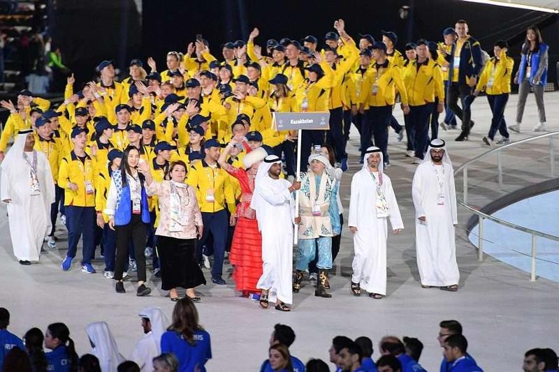 哈萨克斯坦代表队在第十五届特奥会中荣获32枚奖牌