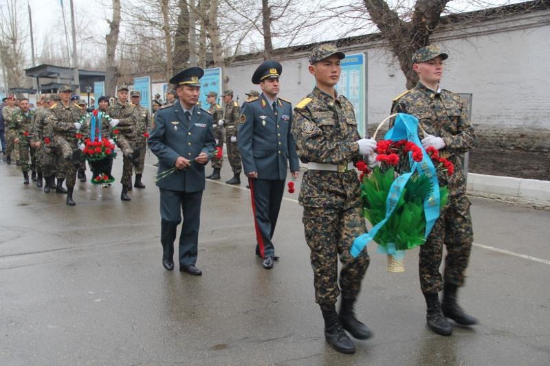 Память погибших на таджикско-афганской границе почтили в Усть-Каменогорске