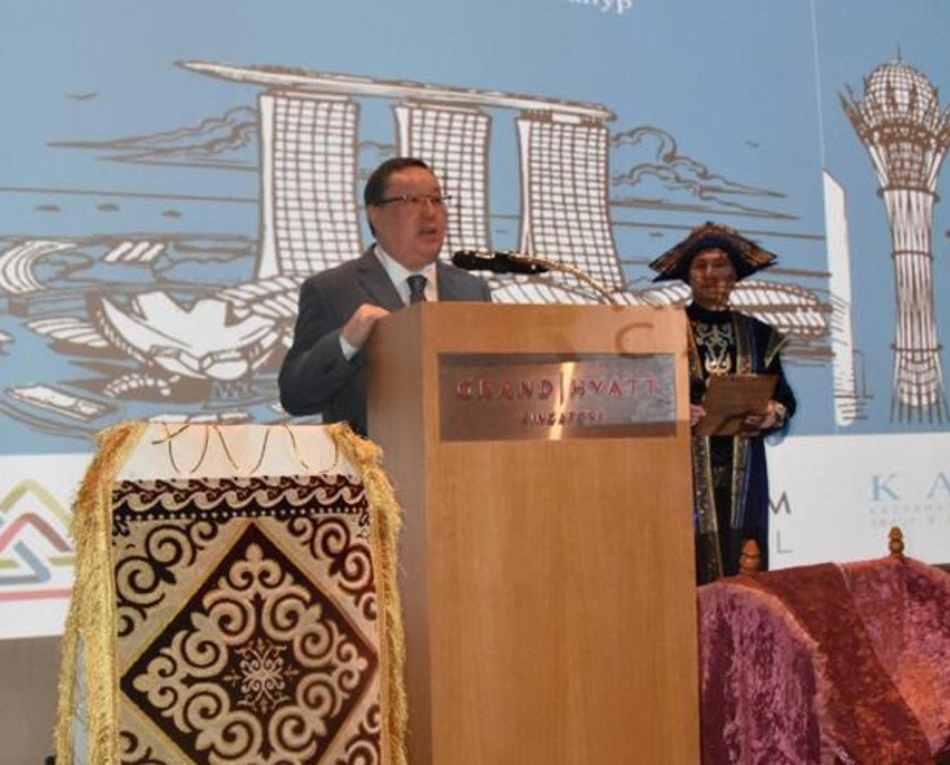 新加坡举行纳乌鲁兹节庆祝活动