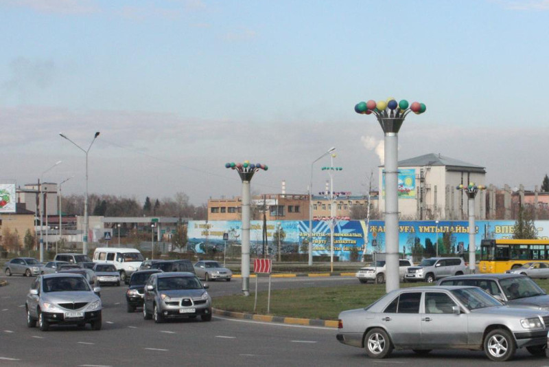 Незаконные киоски продолжают сносить в Усть-Каменогорске