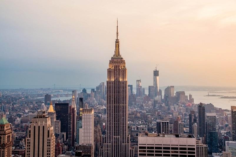驻纽约总领事主持商业论坛 介绍哈萨克斯坦投资机会