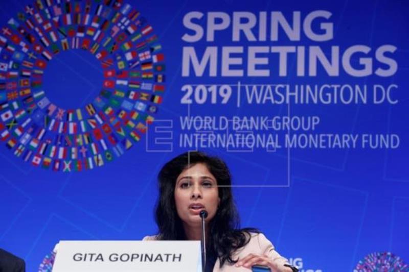 IMF chief economist: No recession, but plenty of downside risks