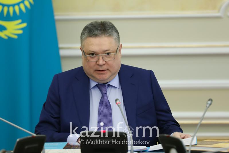 Марат Тажин провел заседание республиканской комиссии по вопросам госсимволов