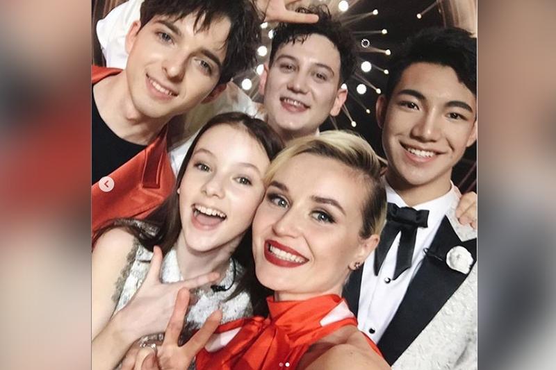 Появилось видео выступления Данэлии Тулешовой в «Singer 2019»