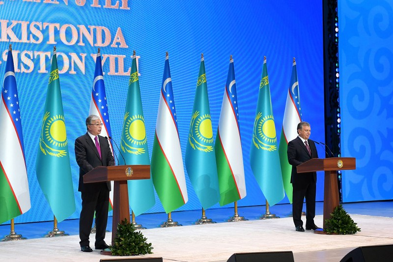 托卡耶夫总统出席乌兹别克斯坦