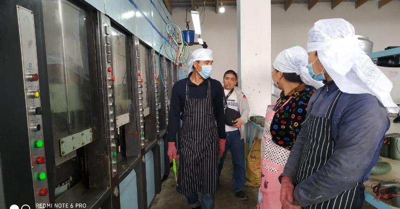 Цех по производству обуви открылся в одном из районов Туркестанской области