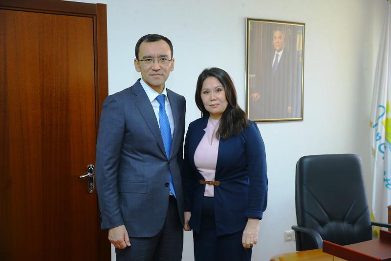 Коллективу холдинга «NUR Media» представили нового руководителя