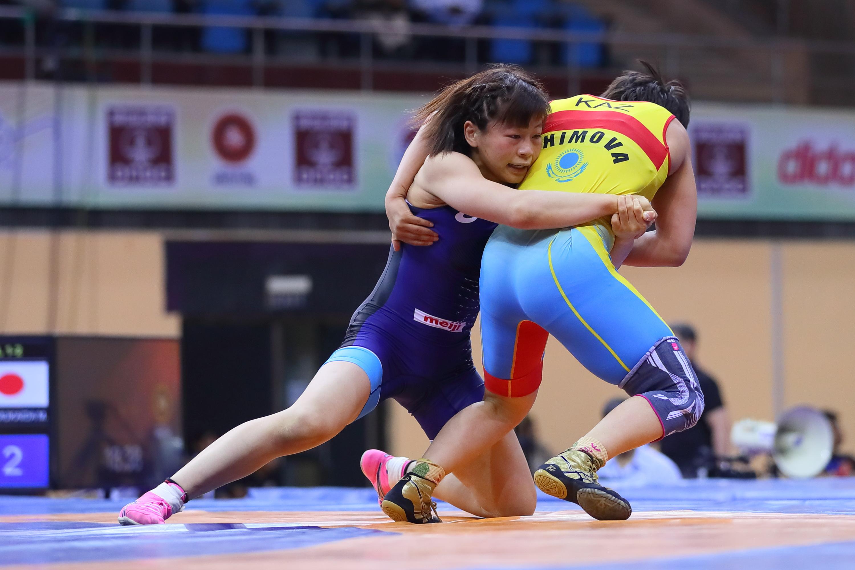 Озвучен состав женской сборной на чемпионат Азии по видам борьбы