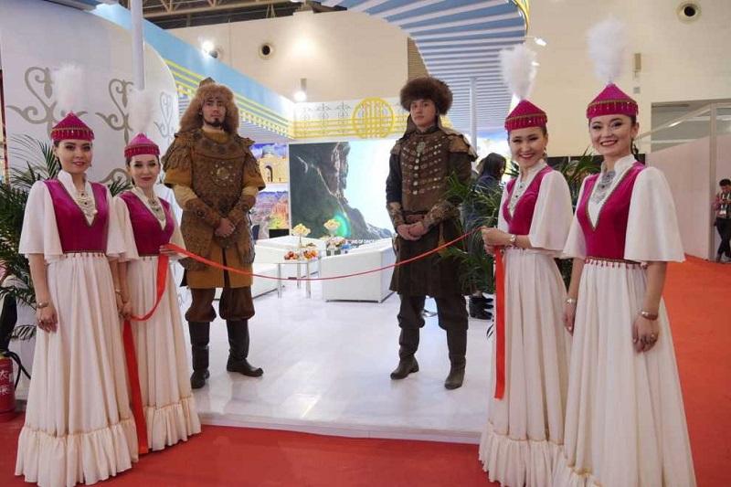 哈萨克斯坦旅游公司参加2019年中国出境旅游交易会
