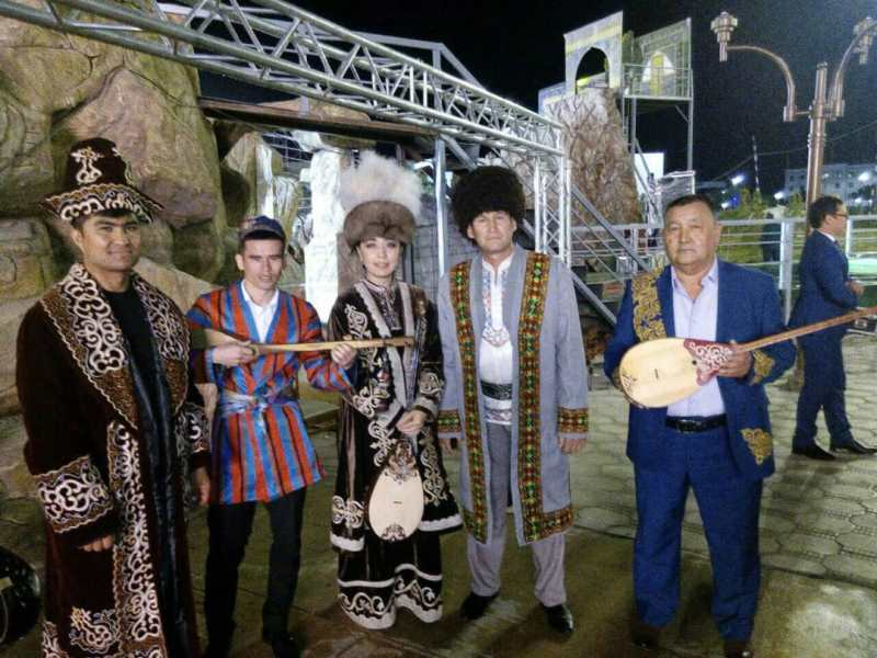 Казахстанка завоевала гран-при на фестивале искусства бахшы в Узбекистане