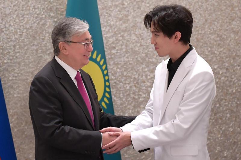 Спасибо за искренние чувства - Димаш поблагодарил Президента РК