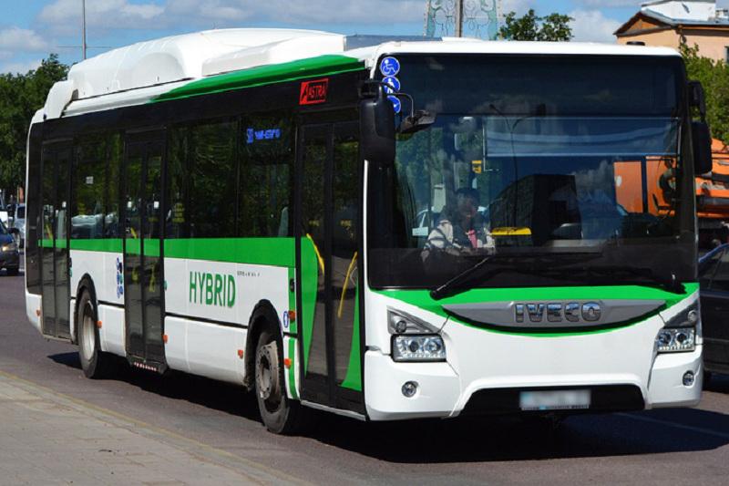 Спецавтобусы будут доставлять болельщиков на «Барыс Арену» во время ЧМ по хоккею