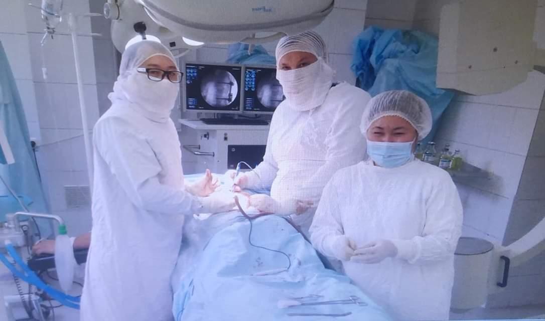 Шымкенттік дәрігерлер инсульт алған әйелді ажалдан алып қалды
