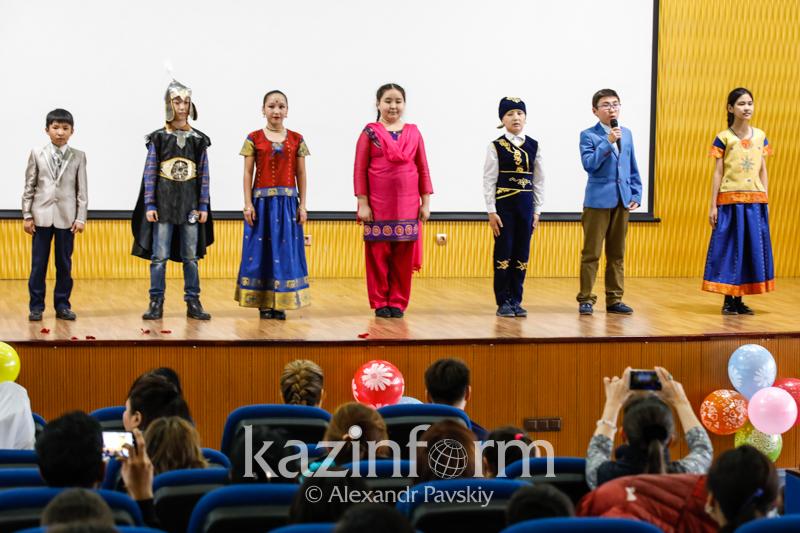 Almaty celebrates Nauryz and Holi festivals