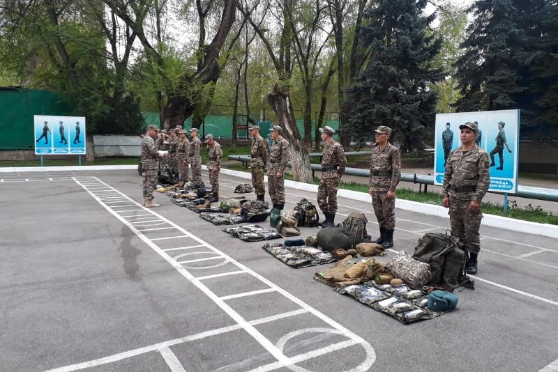 Полевой выход с участием именитых военных спортсменов начался в Алматы