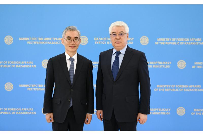 Сыртқы істер министрі Корея Республикасының елшісін қабылдады