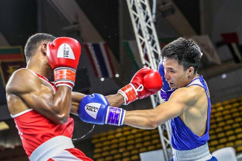 Боксер Тольтаев первым из казахстанцев вышел в 1/4 финала чемпионата Азии