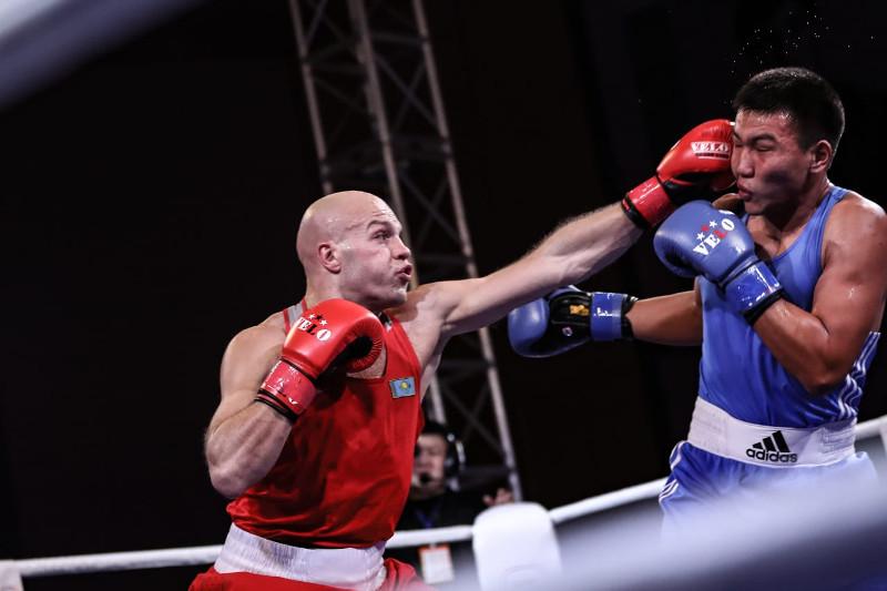 Казахстанские боксеры выиграли все бои в первый день чемпионата Азии