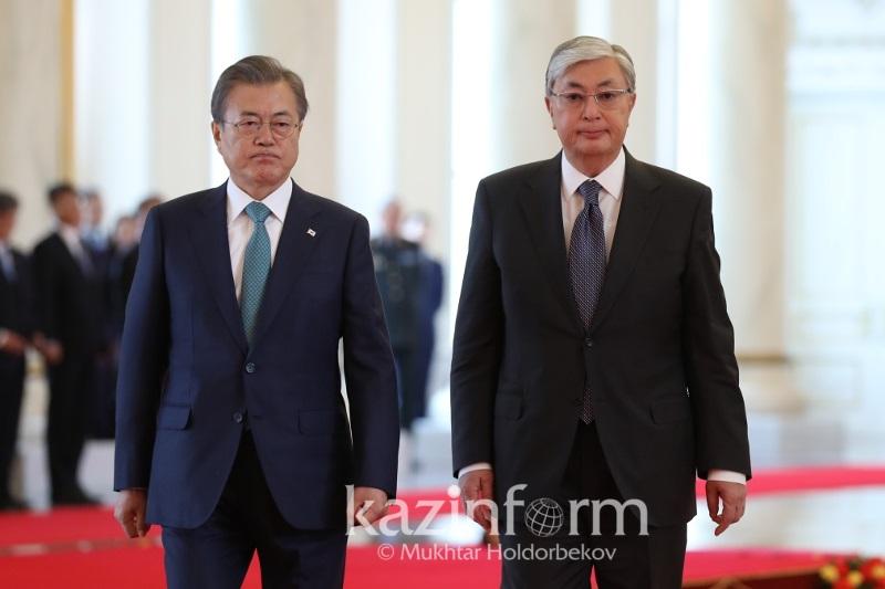 Kassym-Jomart Tokayev, Moon Jae-in meet in Nur-Sultan