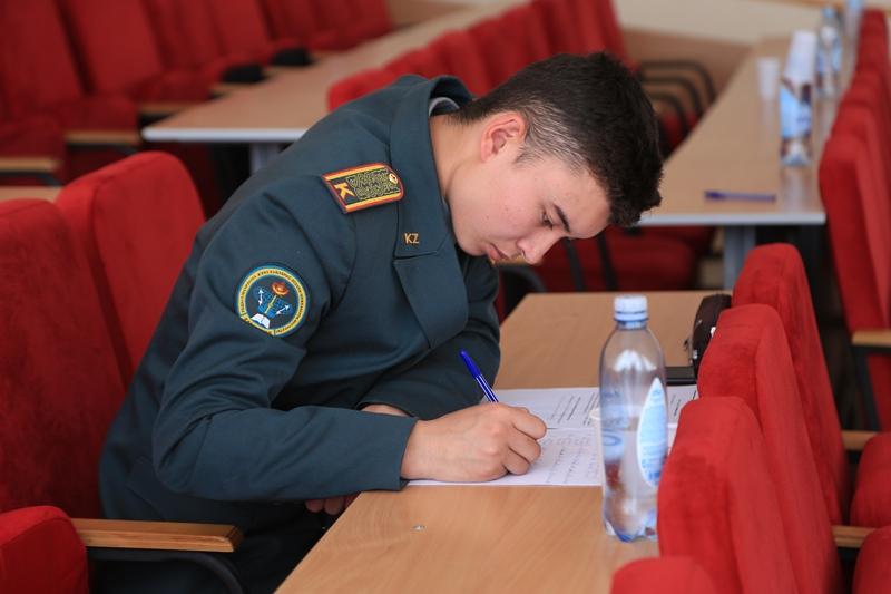 Әскери курсанттар арасында математикадан халықаралық олимпиада өтіп жатыр