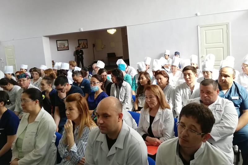 Карагандинские медики поддержали решение ХIХ съезда партии Nur Otan