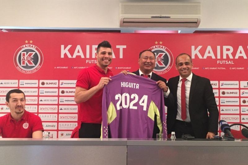 Лучший вратарь мира продлил контракт с АФК «Кайрат» еще на 5 лет